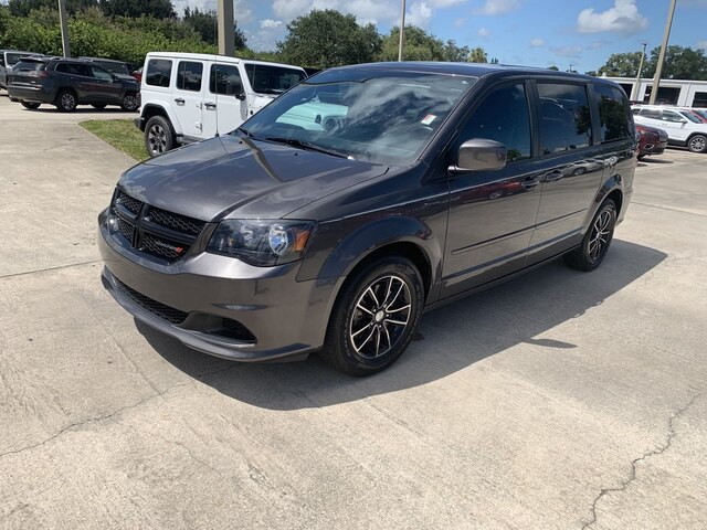 Certified Pre-Owned 2016 Dodge Grand Caravan AVP/SE