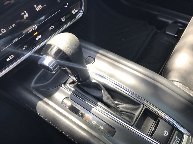 Pre-Owned 2016 Honda HR-V EX-L w/Navigation