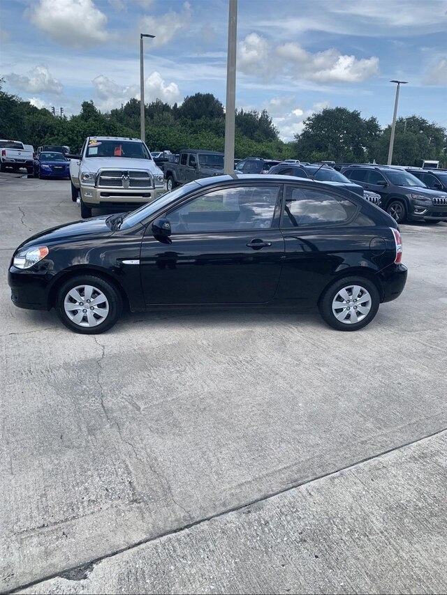 Pre-Owned 2010 Hyundai Accent GS
