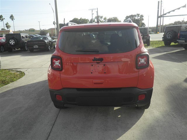New 2018 JEEP Renegade North